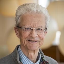 Hans D. Ochs, MD