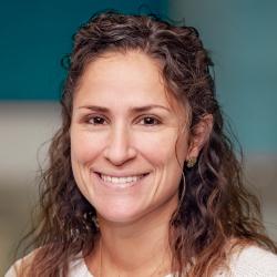 Carlye Kamaria Schulte, MD